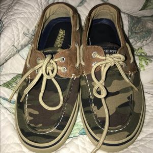 Camo sperry topsides slip on shoes